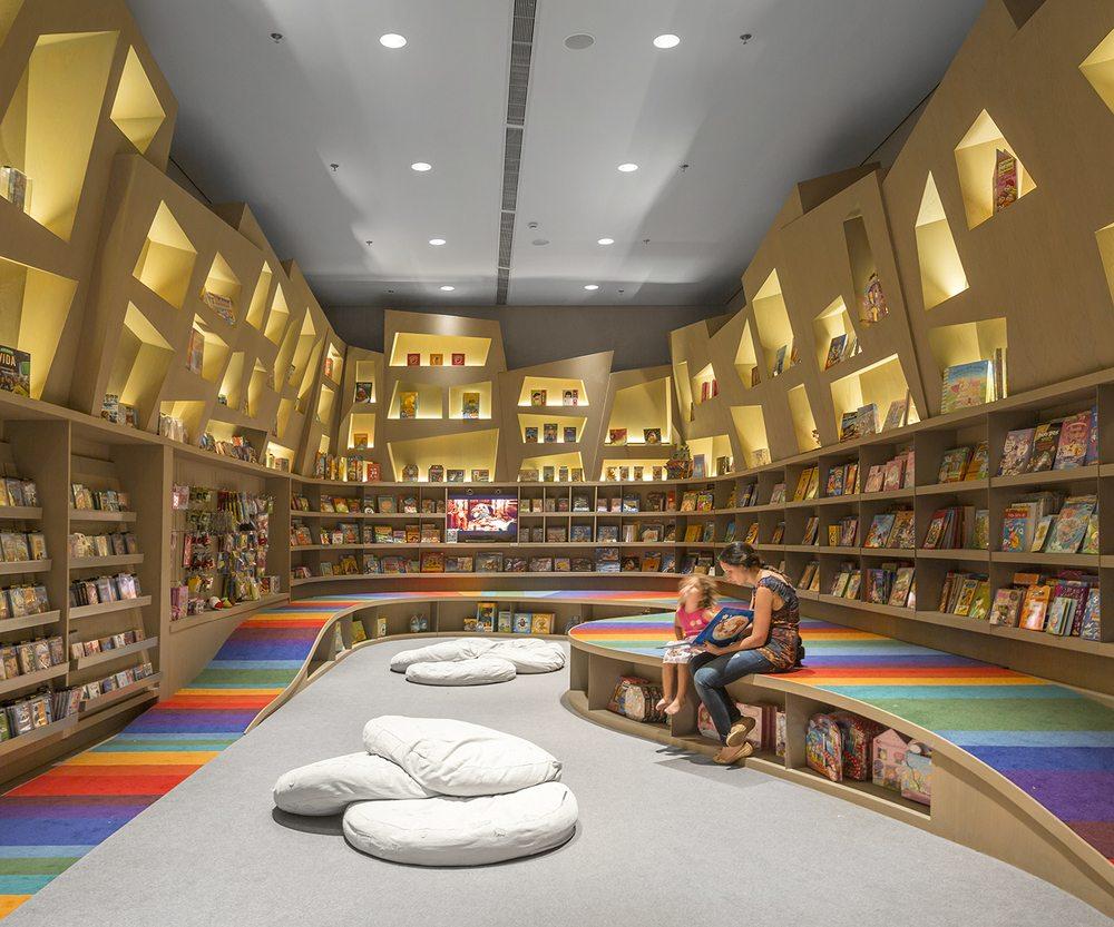 Saraiva-bookstore-2