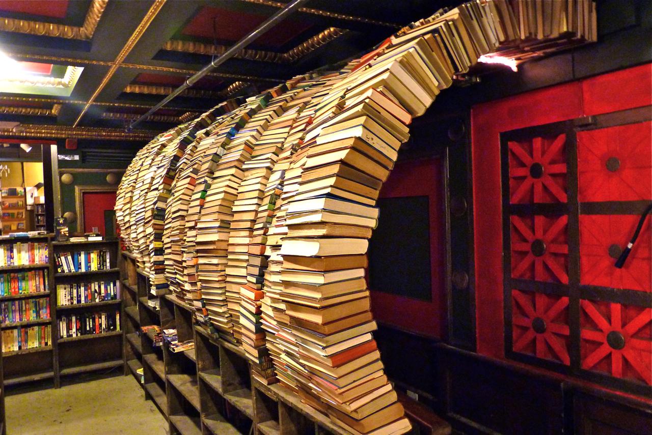 The-Last-Bookstore-ασυνήθιστα-βιβλιοπωλεία